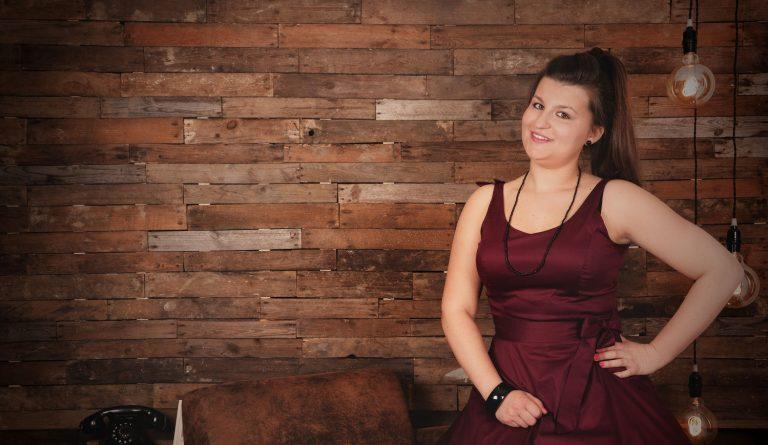 Bannière interview Charlotte - Agent Immobilier chez MDi